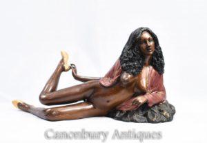 Bronce 70 sexy lady semi Nude estatuilla Erotica kitsch