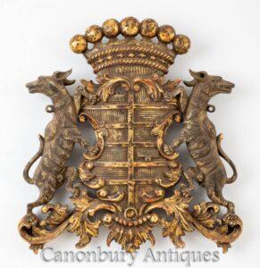 Escudo de armas tallado - Escudo heráldico inglés dorado